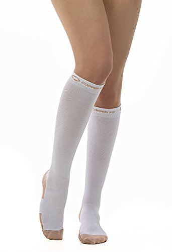 Copper Fit Energy Compression Knee High Socks, White Small/Medium