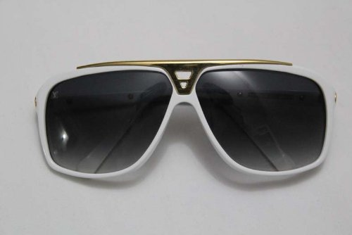 d705a5be97e7 Louis Vuitton Authentic White Evidence Aviator Sunglasses: Amazon.co.uk:  Clothing