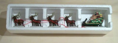 DEPT 56 VILLAGE SLEIGH & EIGHT TINY REINDEER PORCELAIN