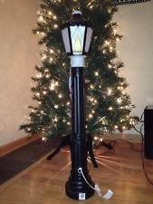 Indoor Lamp Post (Lighted, Light Up, Christmas Indoor/Outdoor Yard or Lawn Decorations (Black Lamp Post))