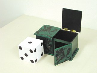 [Deluxe Sliding Die Box] (Halloween Costumes To Find In Your Closet)