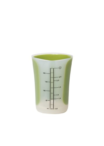 Chef'n SleekStor Pinch+Pour 1-Cup Measuring Beaker with L...