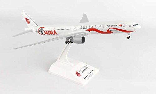 skr889-skymarks-air-china-777-300-1200-wgear-love-model-airplane