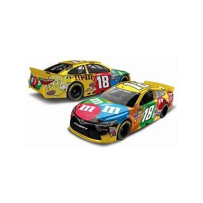 NASCAR 2016 Kyle Busch 18 M&M's Toyota 1/64th Scale Diecast Action Racing Collectables: Toys & Games