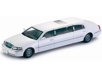Amazon Com Sunstar 1 18 Scale Diecast 4201 Lincoln Town Car
