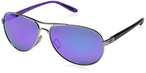 Oakley Women's Feedback Polarized Iridium Aviator Sunglasses, Polished Chrome, 59 - Frames Oakly