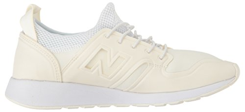 New Balance Womens 420 Lifestyle Fashion Sneaker Zeezout / Wit