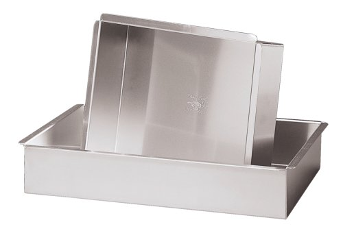 Parrish Magic Line 12 x 16 x 2 Inch Oblong Cake Pan