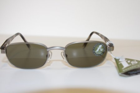 Bausch & Lomb I's Sunglasses Style 804 (Antique Silver Metal Frame with Gray Glass - And I's Sunglasses Lomb Bausch