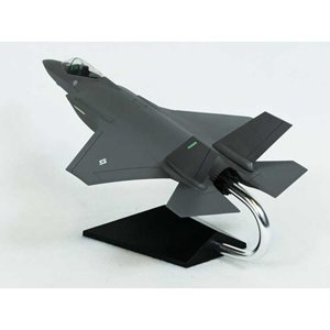 Joint Strike Fighter Model - 1