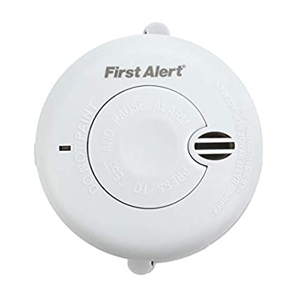 First Alert SA700 - Alarma de Humo óptica compacta, Funciona con Pilas, botón de