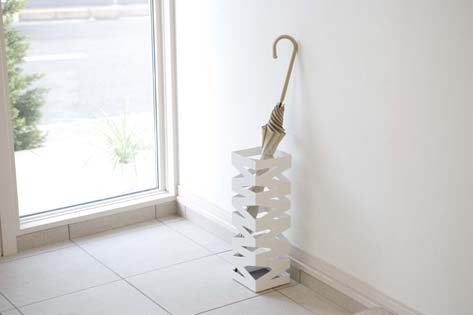 ''Rock'' White Metal Modern Umbrella Stand, Accommodates up to 6 Umbrellas , 19'' H