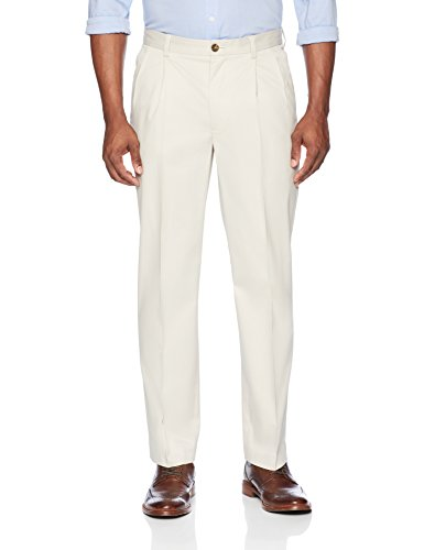 Buttoned Down Men's Relaxed Fit Pleated Non-Iron Dress Chino Pant