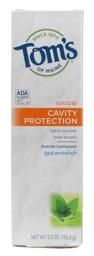 (Tom's of Maine Cavity Protection Natural Flouride Toothpaste, Spearmint 5.5 oz (Pack of 4))