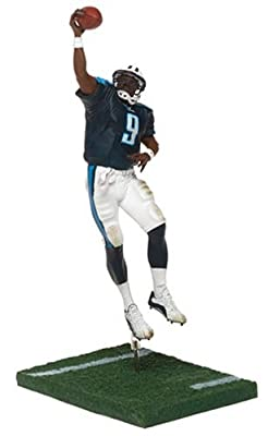 NFL Series 8 Figure: Steve McNair #9 with Navy Tennessee Titans Jersey