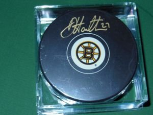 Boston Bruins Dougie Hamilton Autographed Puck