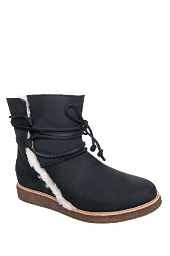 UGG Womens Luisa Shearling Boot Black Size 7