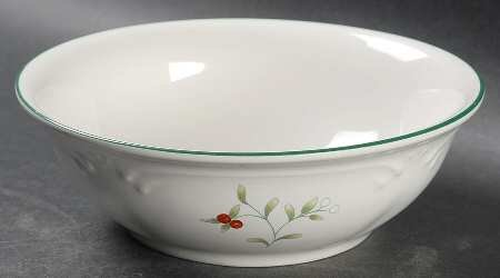 Set of 4 Pfaltzgraff Winterberry Soup/Cereal Bowl, Fine China ()