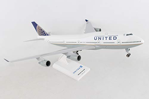 747 400 Range - Daron Skymarks United 747-400 Post Co Merge Model Kit with Gear (1/200 Scale)