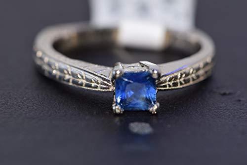 (14k White Gold Blue Ceylon Sapphire Solitaire Ring)