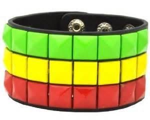 (Rasta Flag Color Stud 3 Row Pyramid Wristband Bracelet Halloween Gothic Emo Rocker Punk)