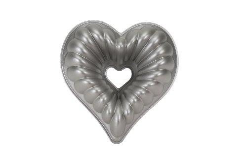 Platinum Decorative Heart Pan (Nordic Ware Platinum Collection Cast Aluminum Fancy Heart Pan)