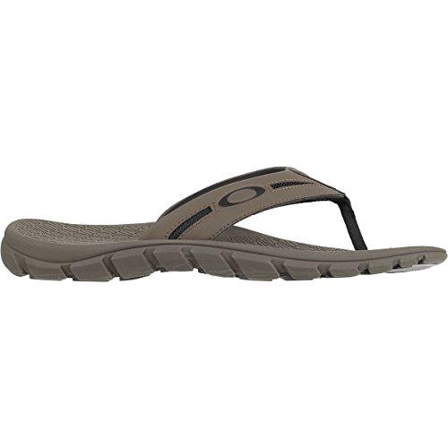 9379a0a2db4f Oakley Sport Mens 2018 Operative 2.0 Sandals - Buy Online in Oman ...