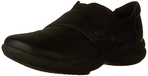 CLARKS Women's Wave Groove Walking Shoe, Black Leather, 7.5 M US