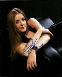 Signed Finnigan, Jennifer 8x10 autographed