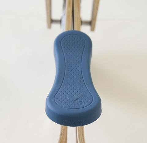 wishbone-design-studio-seatcover-blue