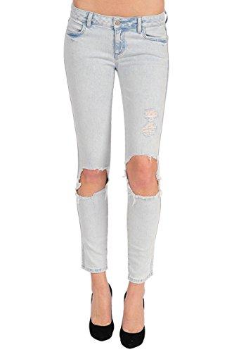 Siwy Hannah In Daredevil Jeans