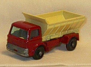 1966 Matchbox Regular Wheels Grit Spreader Truck MB70B2