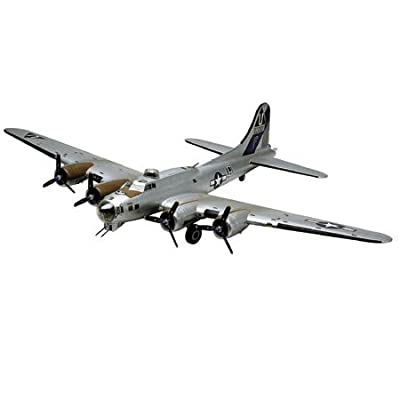 Revell B17G Flying Fortress 1: 48 Scale: Toys & Games