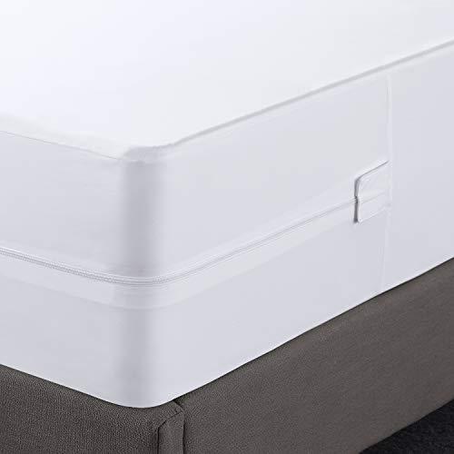 Utopia Bedding Zippered Mattress Encasement - Waterproof Mattress Protector (King)