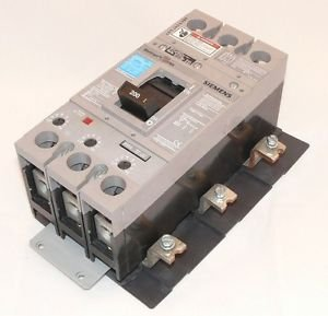 siemens mbkfd3200 panelboard main circuit breaker kit 200 amp 3 rh amazon com 100 Amp Fuse Panel 400 Amp Breaker Box