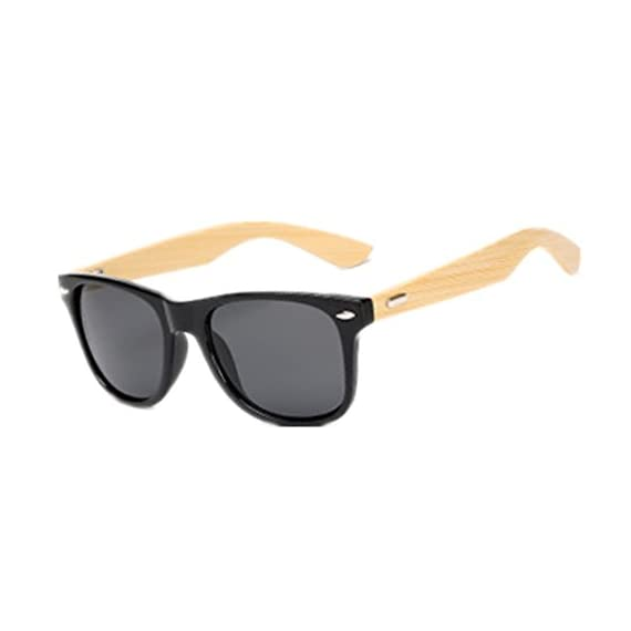 Shiratori Prevent Radiation Classic Bamboo Wood Sunglasses 1 The perfect combination of metal and bamboo. Can reflect the wearer's fashion and personality. The use of human body nose care, more humane design, so that the eyes wear more comfortable, not easy to fall. Unique hinge design, so that the mirror legs more solid, after layers of grinding production.