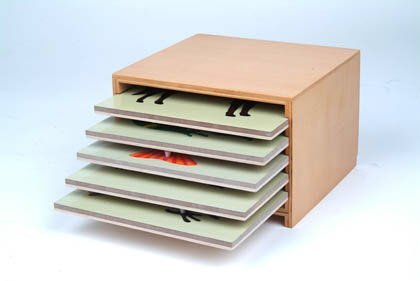 Montessori Cabinet for 5 Zoology Puzzles (no puzzles)
