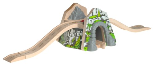 Thomas & Mountain Overpass Friends - Thomas & Friends Wooden Railway - Mountain Overpass