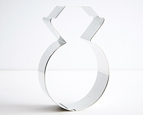 Large Diamond Ring Cookie Cutter - 3.75 in. x 7/8