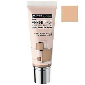 Maybelline Affinitone Foundation 24 Golden Beige 30ml by Maybelline (English Manual)