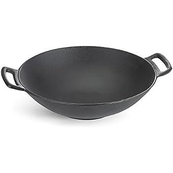 Amazon Com Iwachu 410 688 Cast Iron Wok Large Black