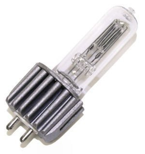 Eiko 05916 - HPL575/230V Projector Light Bulb ()