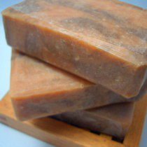 nordea-soaperie-handmade-soap-love-ya-honey