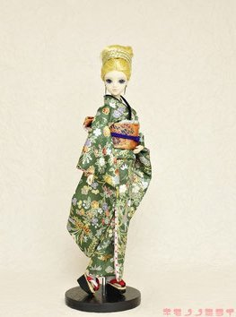 Kimono for Momoko Doll 1/6 size Green Luxury Gold Paint Yuzen New From Japan F/S