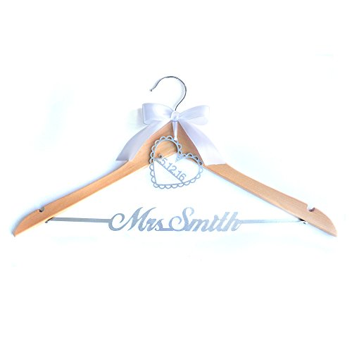 Personalized Wedding Dress Hanger ,Custom Bridal Bride Bridesmaid Name Hanger,Personalized Wedding Dress Hanger.Custom Wedding Dress with Bow