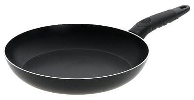 Mirro Get A Grip Aluminum Nonstick Fry Pan / Saute Pan Cookware, Black