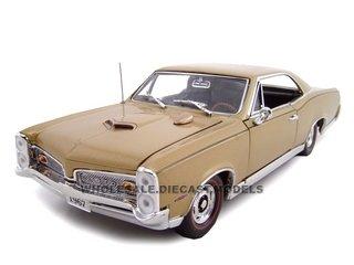 1967 Pontiac Gto Hardtop (1967 Pontiac GTO Hard Top 1/24 Signet Gold)