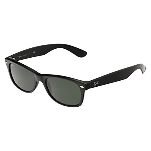 Ray Ban RB2132 901/58 Wayfarer Black/G-15 XLT Polarized 55mm Sunglasses (Ban Ray Black Cheap Wayfarer)
