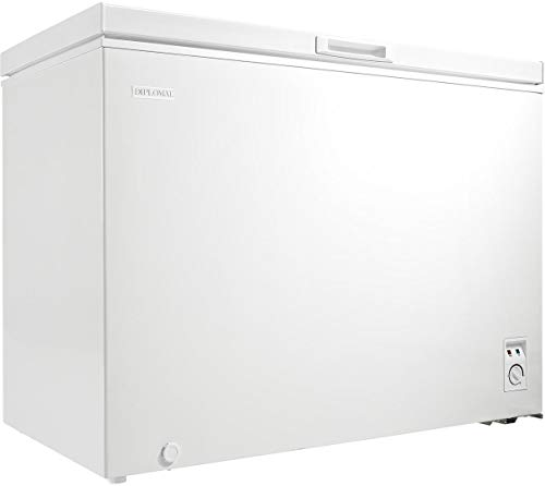 Danby Diplomat 9 Cu. Ft. Chest Freezer in White
