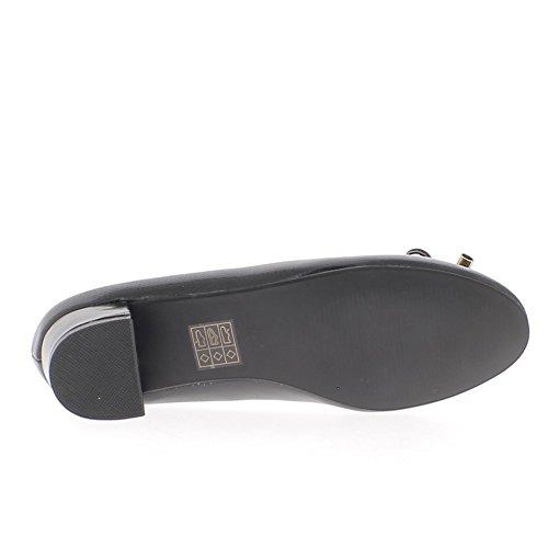 Escarpins rétros noirs à petits talons de 3,5cm look croco talons vernis
